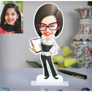 LADY TEACHER IN SPECS PERSONALIZED CARICATURE