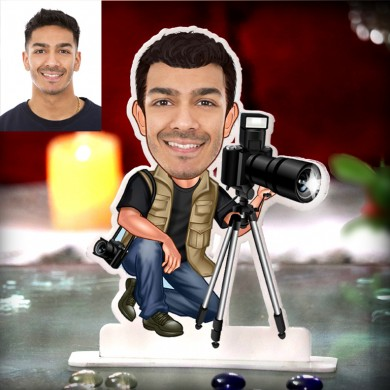 PHOTOGRAPHER WITH TRIPOD CARICATURE